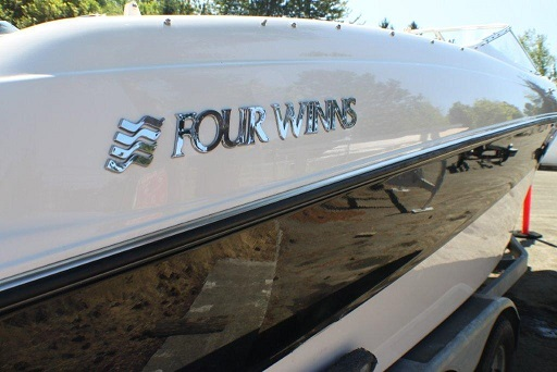 1999 Four Winns  Boat For Sale