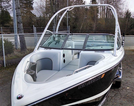 2006 Supra Launch 21 V Boat For Sale